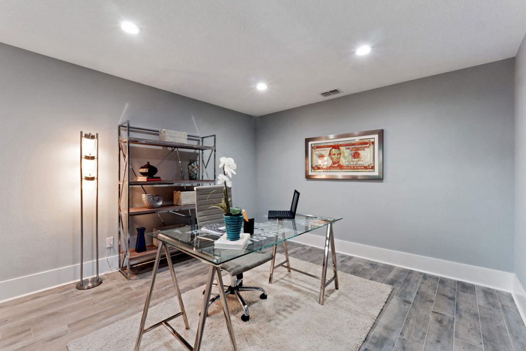 Orlando's Best Stager - Staged Office