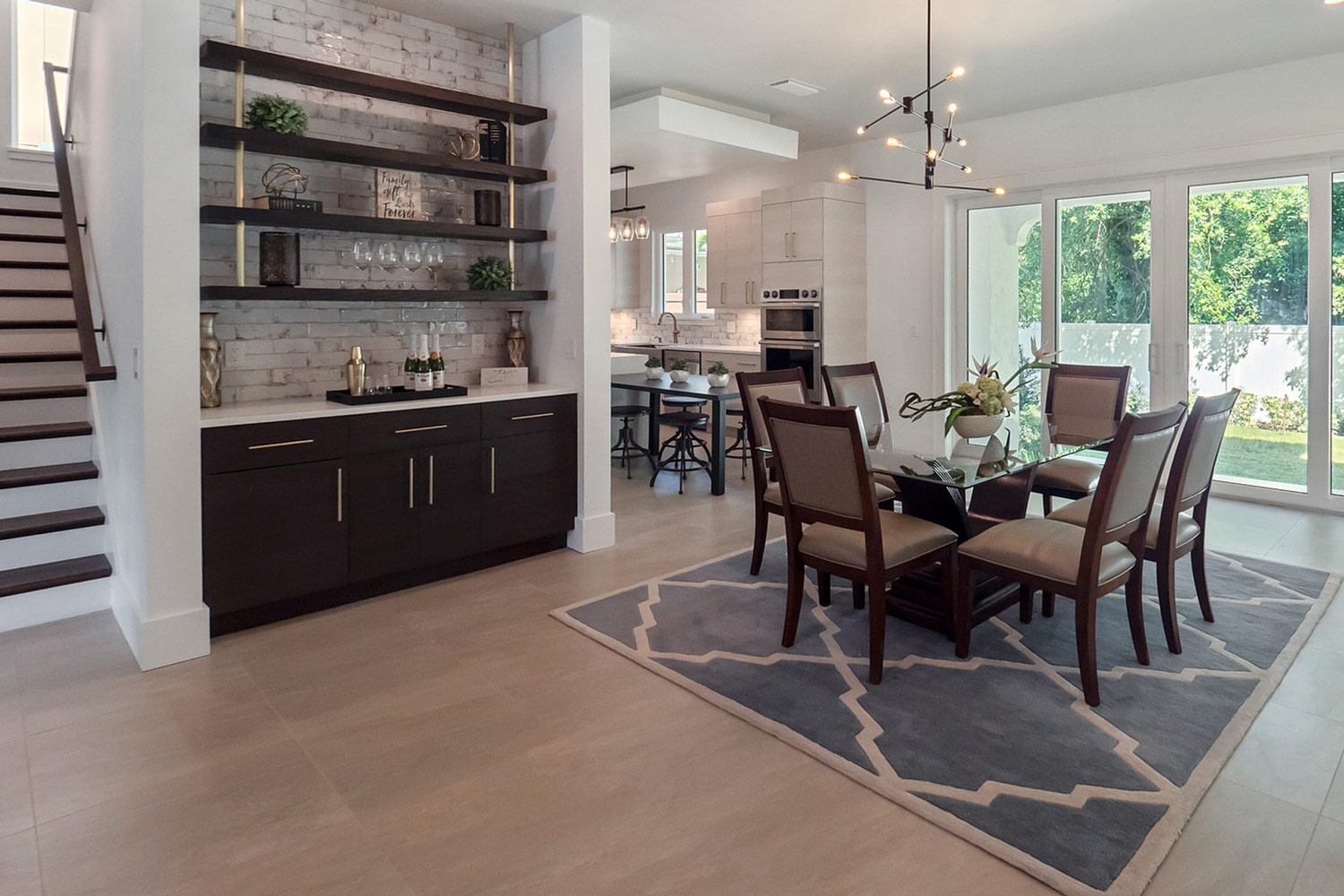 Staged Dining Area - Orlando Home Stagers